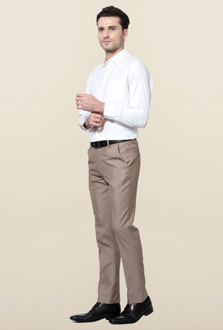 Peter England White Solid Slim Fit Formal Shirt