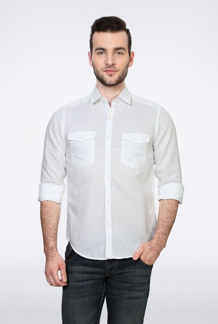 Peter England White Solid Slim fit Casual Shirt