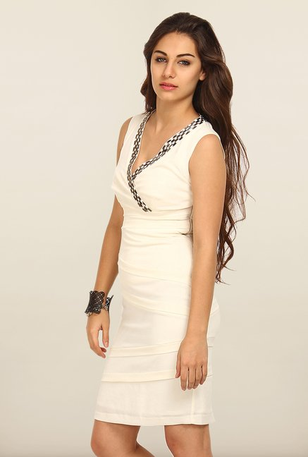 Avirate Beige Solid Bodycon Dress