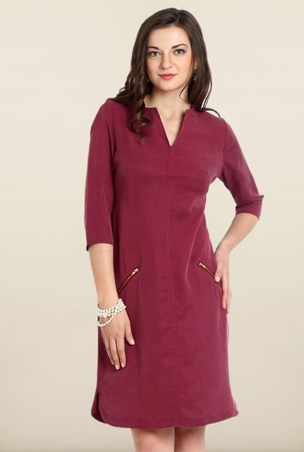 Avirate Maroon Solid Shift Dress