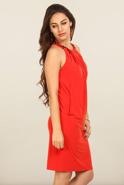 Avirate Red Solid Halter Neck Casual Dress