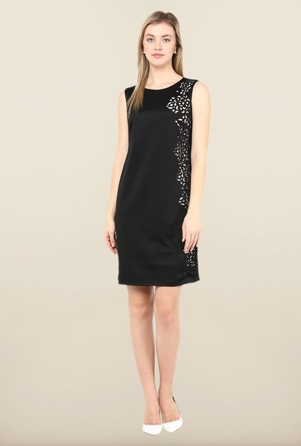 Avirate Black Solid Sleeveless Shift Dress