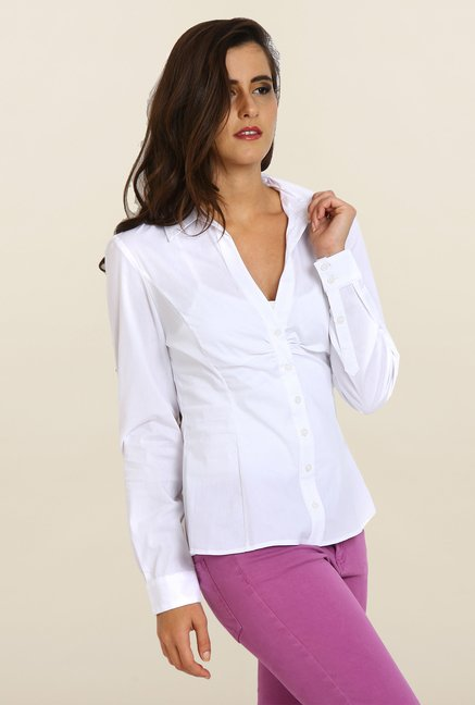 Avirate White Solid Casual Shirt