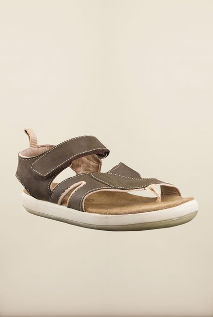 Floater Woodland Sandals At Best Price Olive Online Tatacliq Buy 0kOXNwZP8n