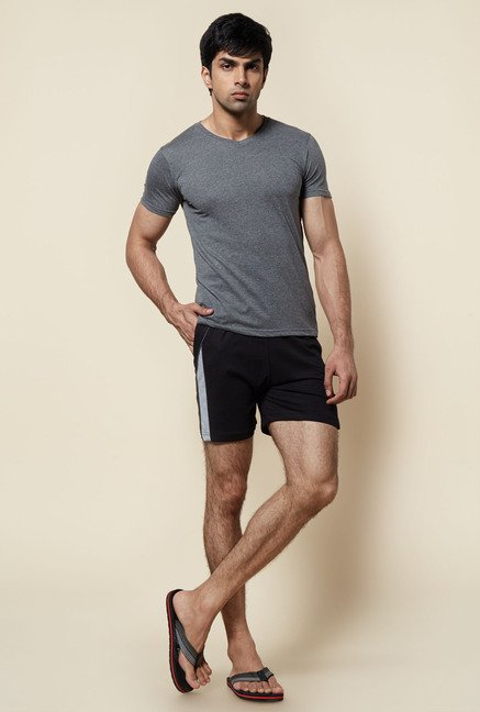 Zudio Black Solid Cotton Shorts