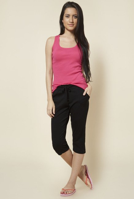 Zudio Black Solid Cotton Capris