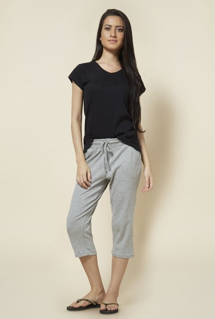 Zudio Grey Solid Cotton Capris
