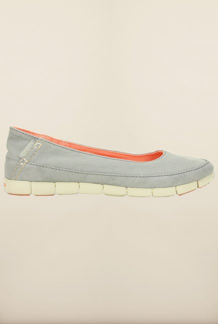 Crocs Stretch Sole Light Grey and Stucco Ballerina