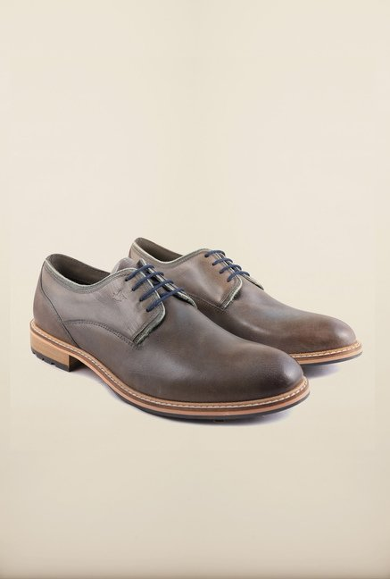 Arrow Brown Leather Lace Up Shoes