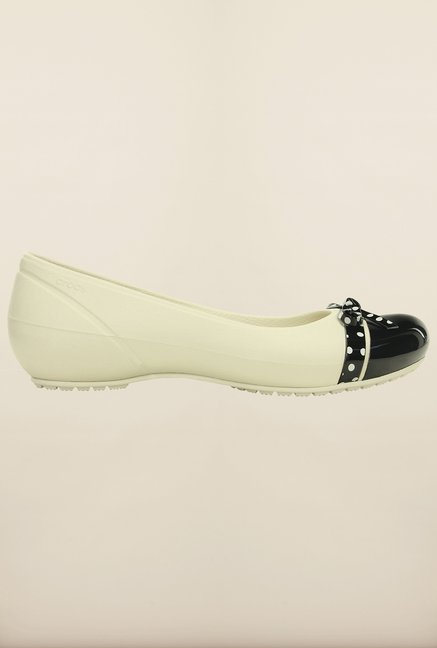 Crocs Cap Toe Bow White and Black Ballerina