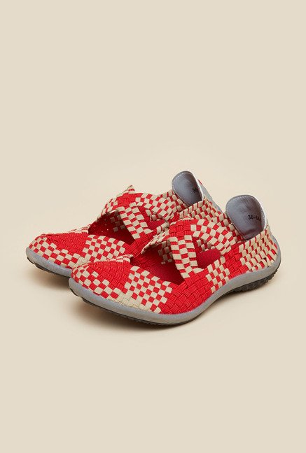 Metro Red & Beige Weave Design Sandals