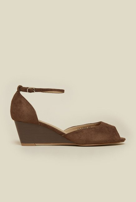 Metro Brown Peep Toe Sandals