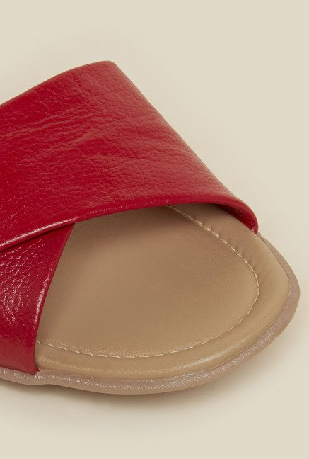 Metro Red Criss Cross Strap Sandals
