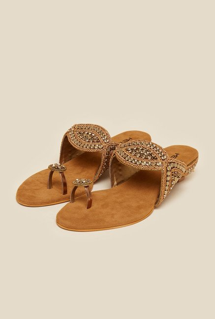 Metro Antique Gold Ethnic Sandals
