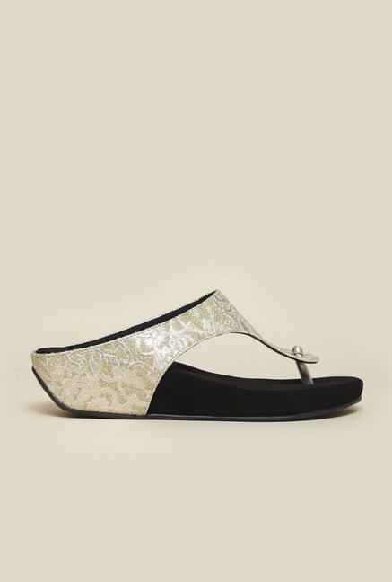 Metro Black & Gold Slip-On Sandals