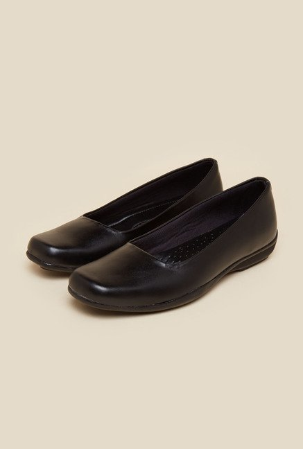 Metro Black Flat Leather Shoes