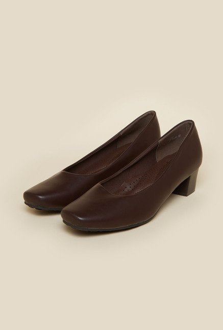Metro Coffee Brown Kitten Pumps
