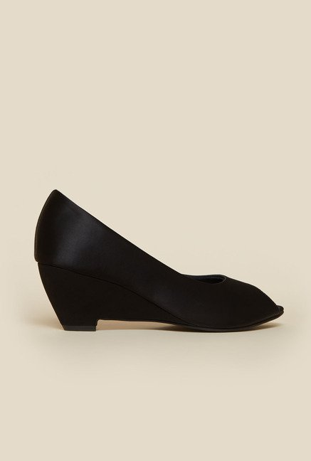 Metro Black Peep-Toe Wedges