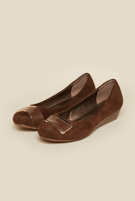 Metro Brown Suede Pumps