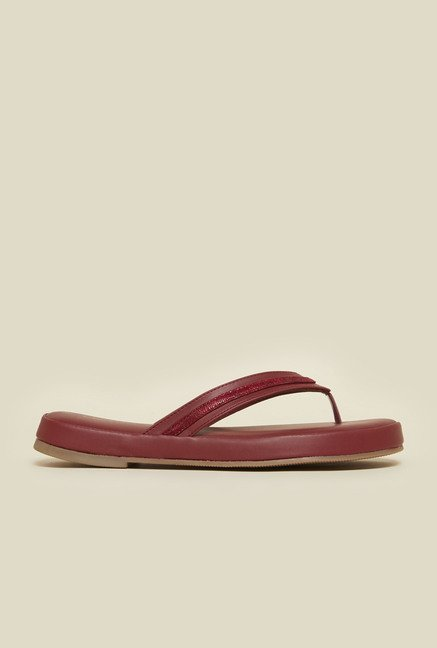 Metro Maroon Cushioned Thongs
