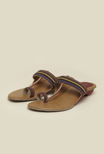Metro Maroon Toe Ring Ethnic Sandals