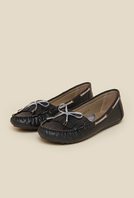 Metro Black Leather Moccasins