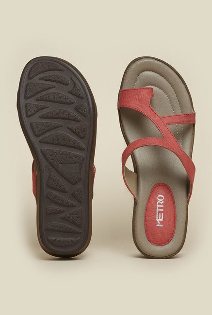 Metro Red Toe Ring Flat Sandals
