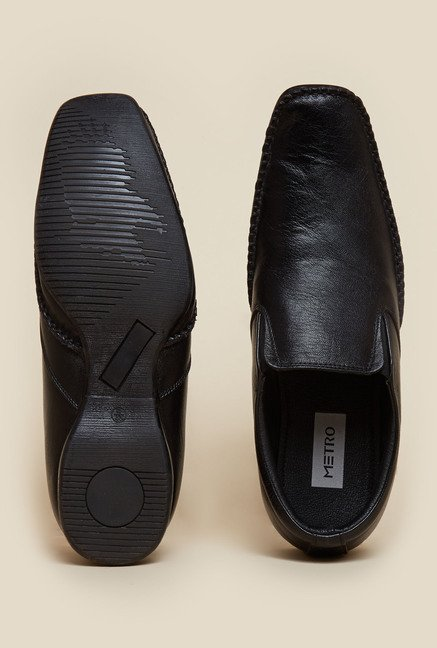 Metro Black Slip-On Leather Moccasin