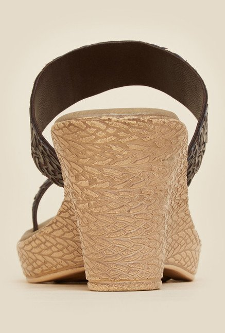 Metro Brown Textured Wedge Heel Sandals