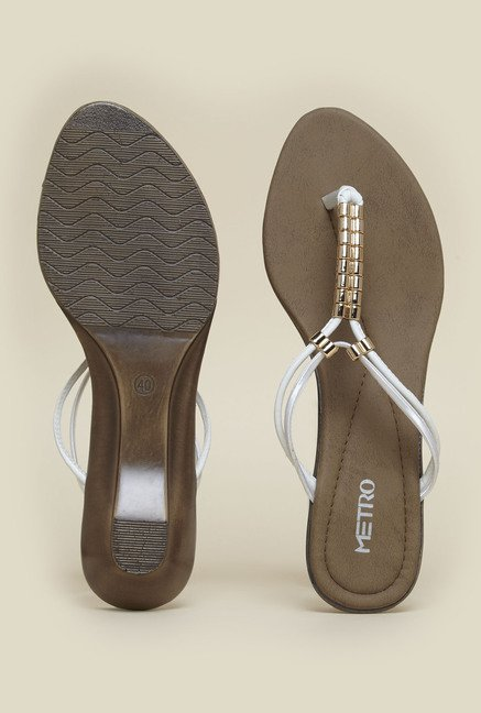 Metro White Casual Sandals