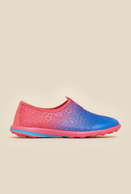 Metro Blue & Pink Slip-On Shoes