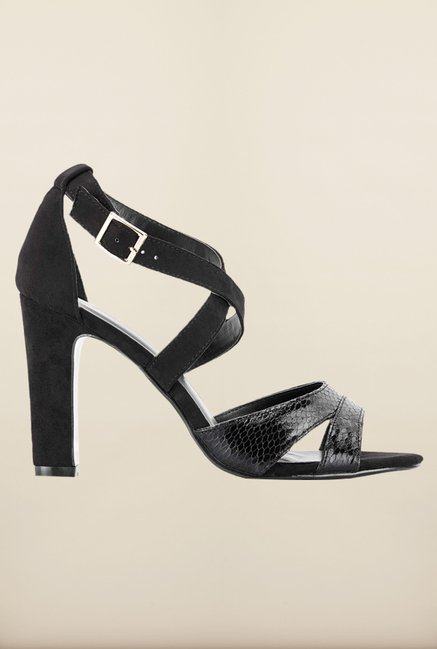Tresmode Strapsand Black Cross Strap Sandals