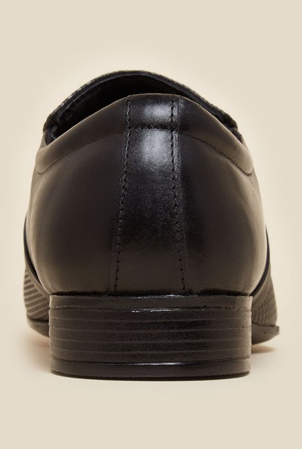 Metro Black Slip-On Leather Shoes