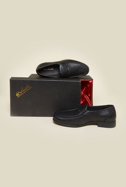 Da Vinchi by Metro Black Leather Slip-Ons