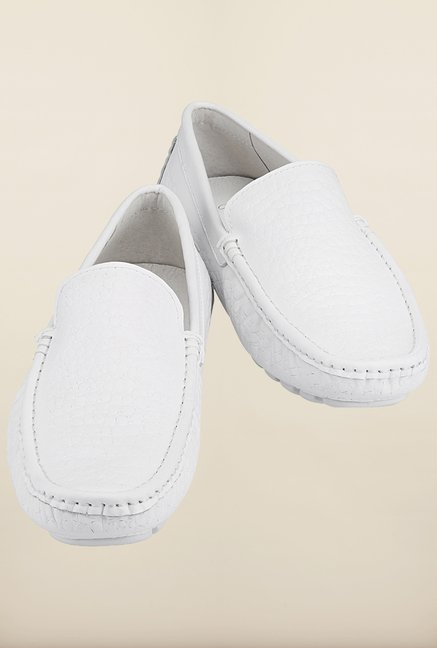 Tresmode Savrint White Loafers