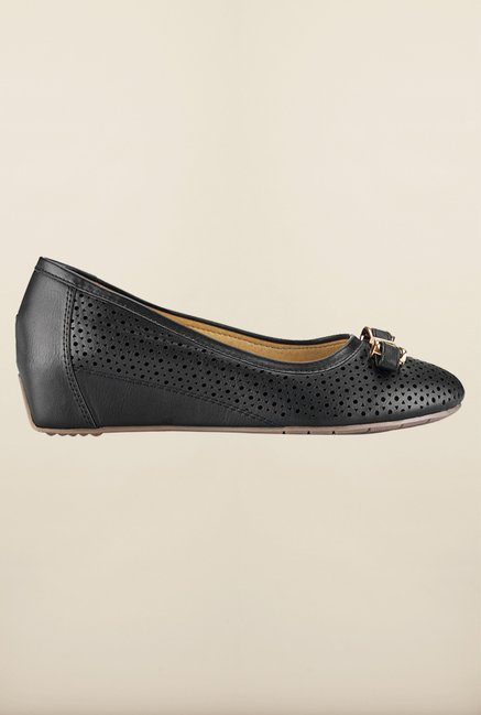 Tresmode Bgold Black Flat Shoes