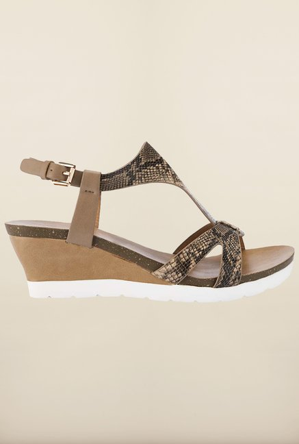 Tresmode Runedge Beige Wedges