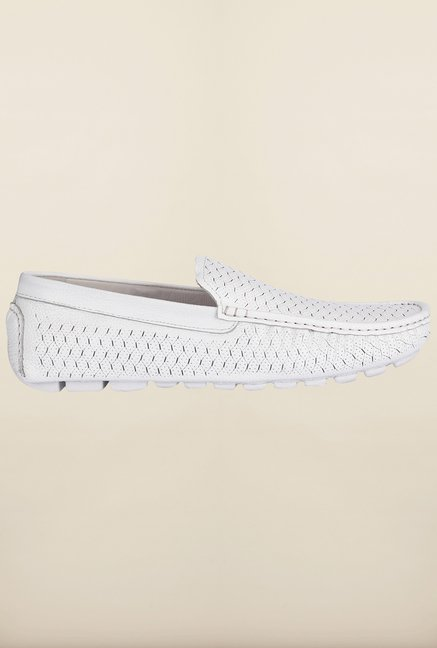 Tresmode Savoyub White Loafers