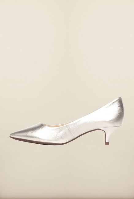 Pavers England Silver Pumps