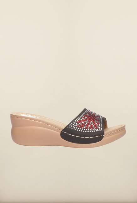 Pavers England Black Wedges