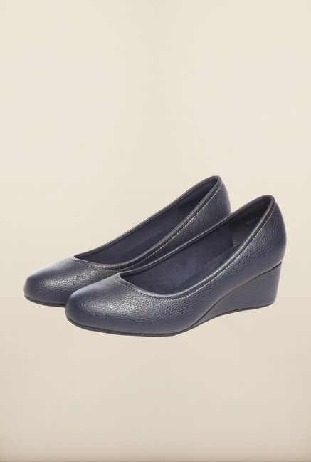 Pavers England Navy Wedges