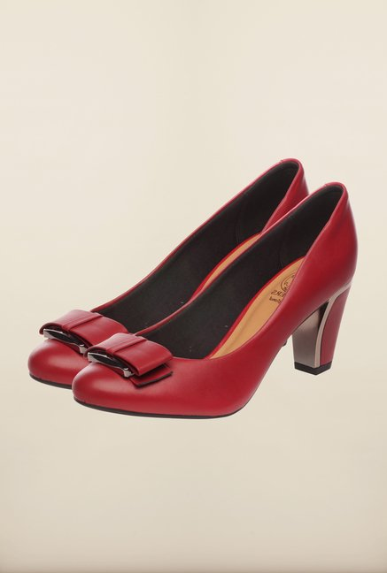 Pavers England Red Pumps
