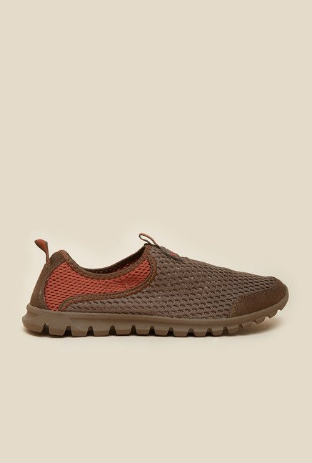 Metro Brown Casual Slip-On Shoes