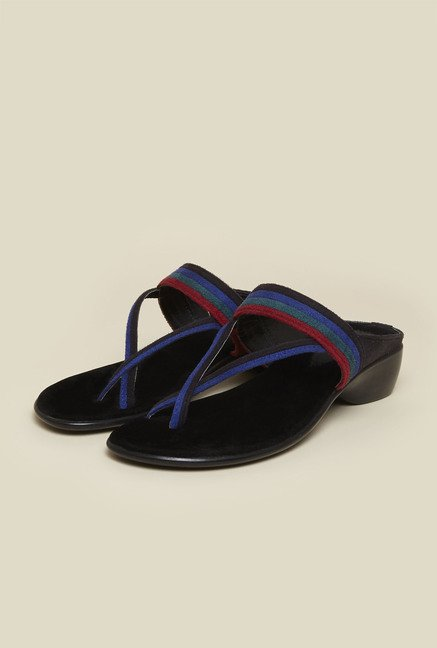 Metro Black Casual Cross Strap Sandals
