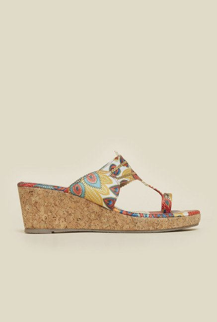 Metro Multicolor Toe Ring Wedges