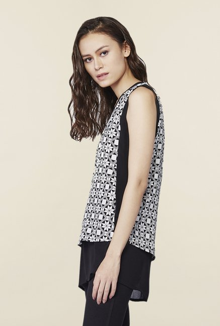 AND Black & White Printed Regular Fit Top