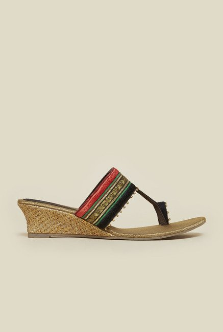 Metro Black Toe Ring Ethnic Wedges