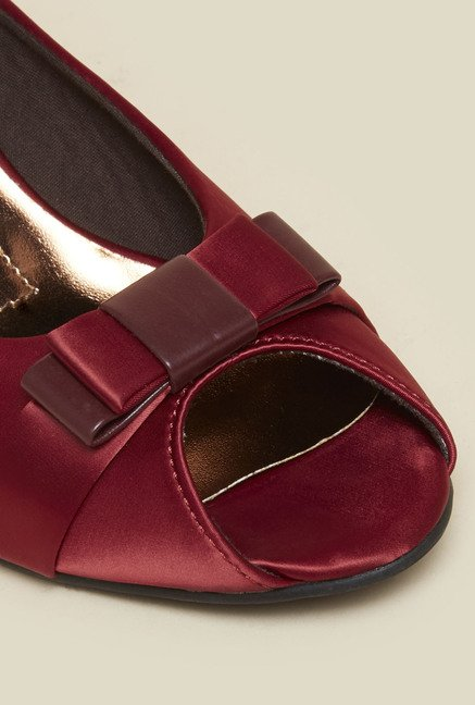 Metro Maroon Wedge Sandals