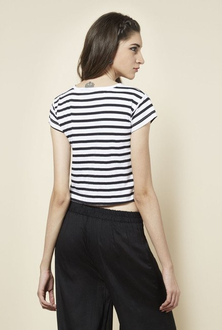 Zudio White Striped Boat Neck T Shirt