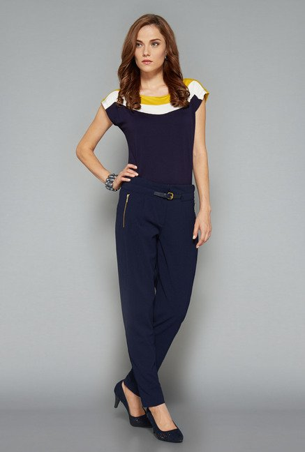 Wardrobe Navy Solid Yana Top